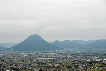 香川の讃岐富士